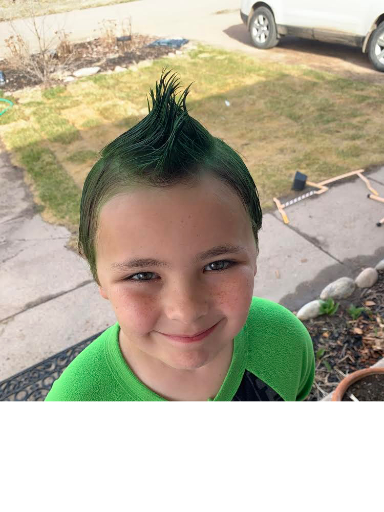 Check out that green hair!